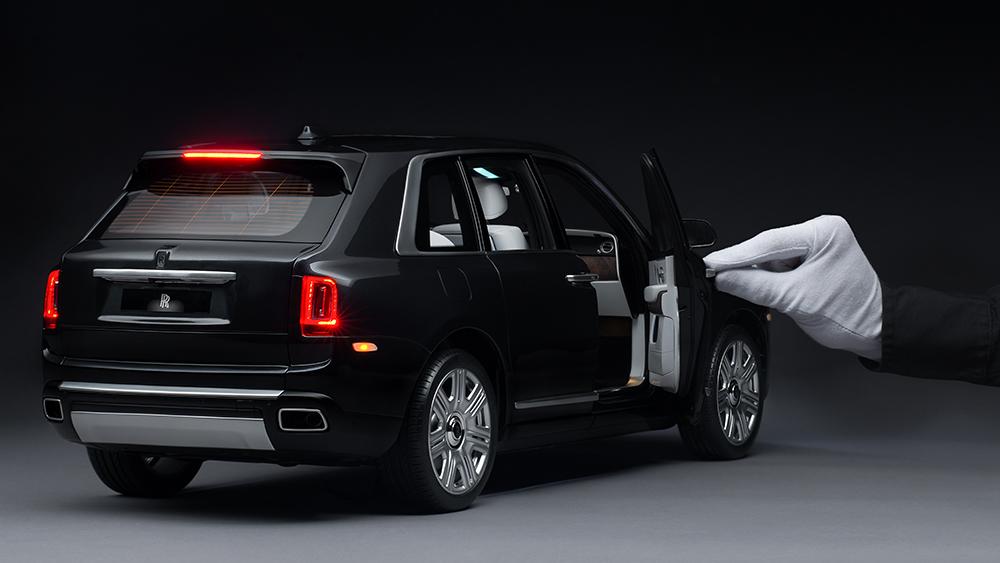 Rolls-Royce 1:8 Scale Cullinan Model