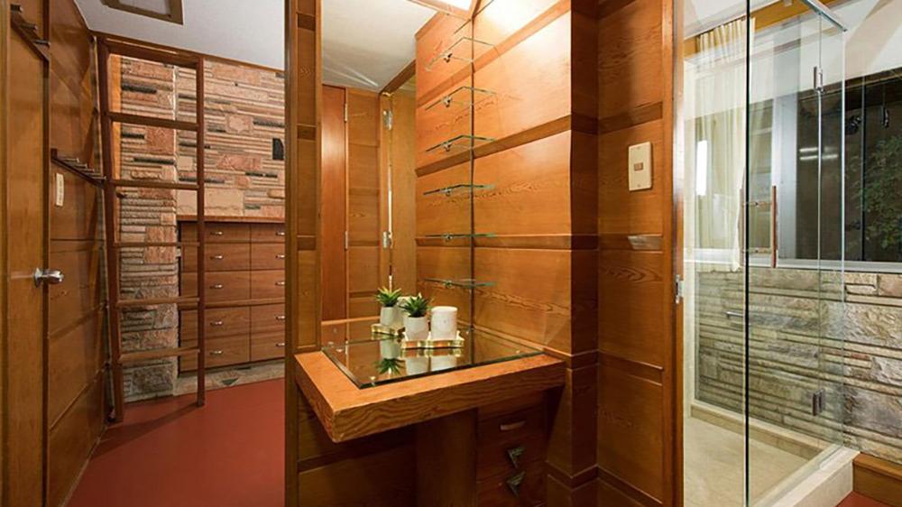 Frank Lloyd Wright Neils House