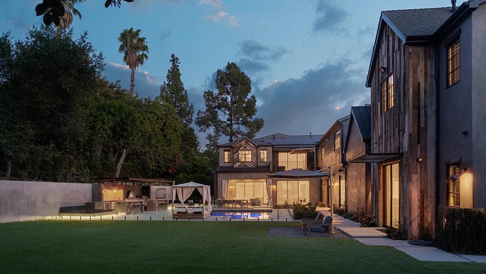 Kelly Clarkson's Encino, CA home