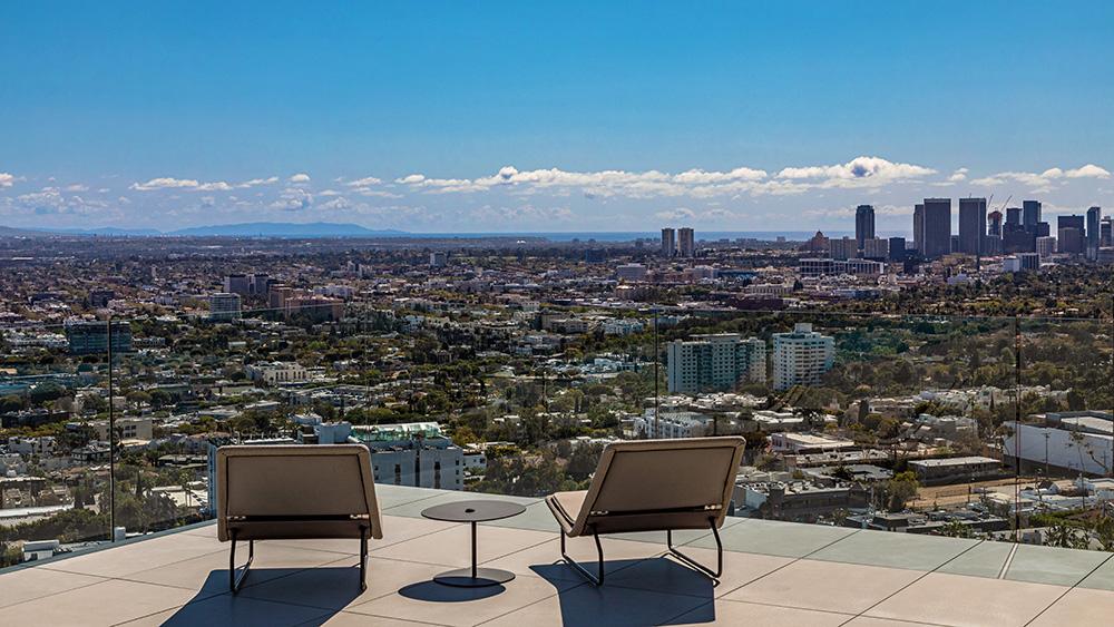 Kipp Nelson's Los Angeles mansion