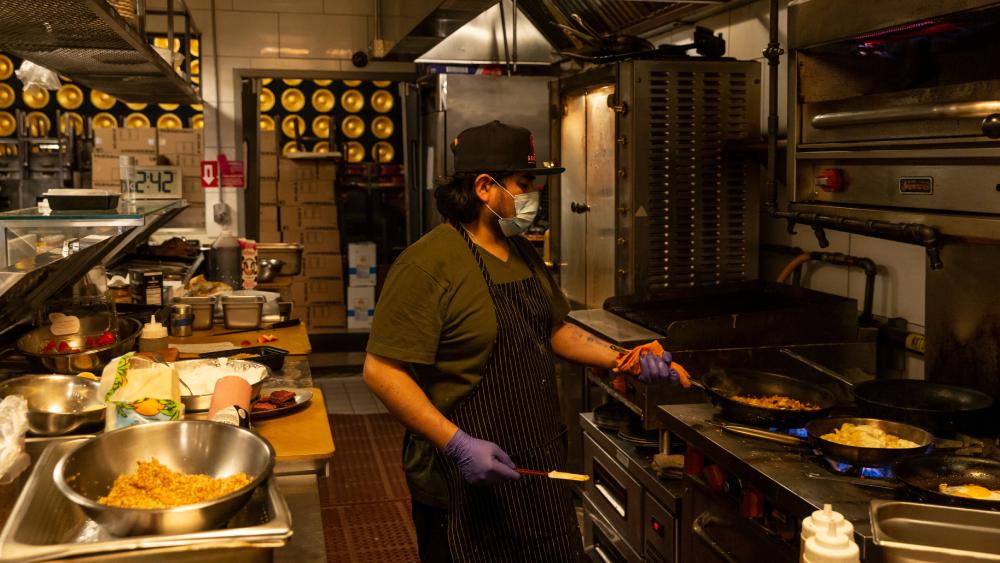 restaurant cook coronavirus