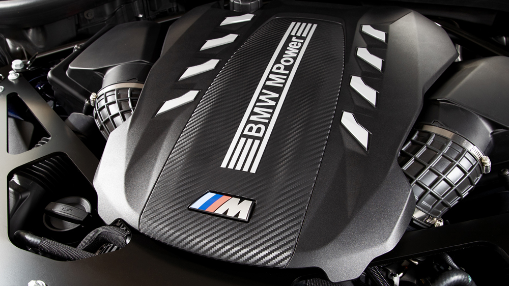 The engine of the 2020 BMW X5 M Competition.