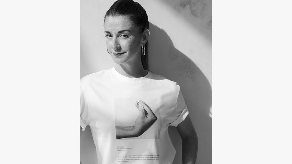 Marie-Louise Scio, in a Bruno Munari t-shirt.