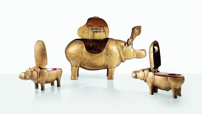 """Francois-Xavier Lalanne's """"Famille Hippopotames"""" bathroom suite"""