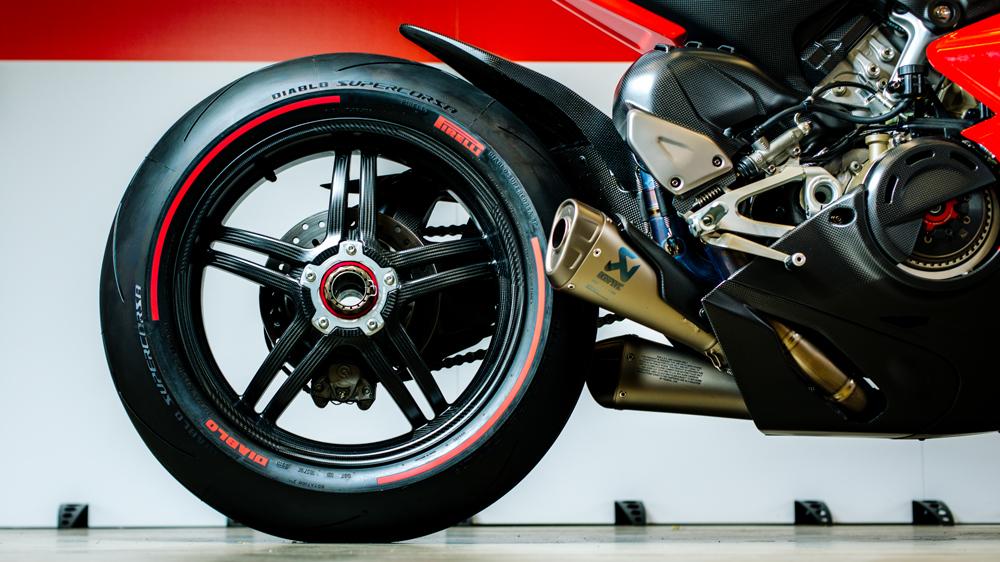 The Ducati Superleggera V4 superbike.