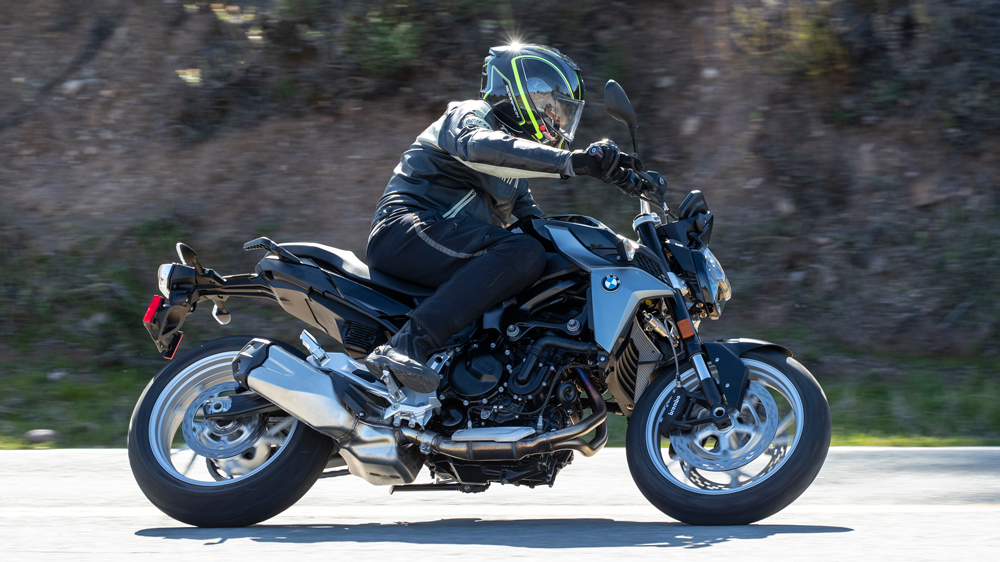 Riding the 2020 BMW F 900 R.