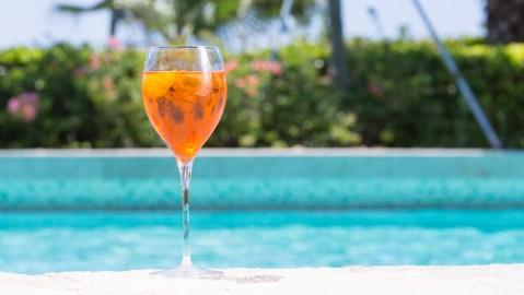 Aperol Spritz pool