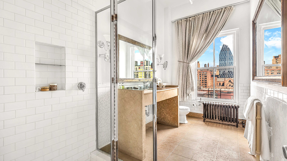 Susan Sarandon's Chelsea loft