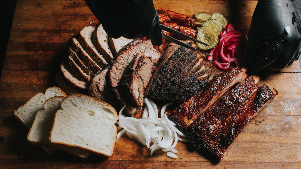 horn barbecue platter