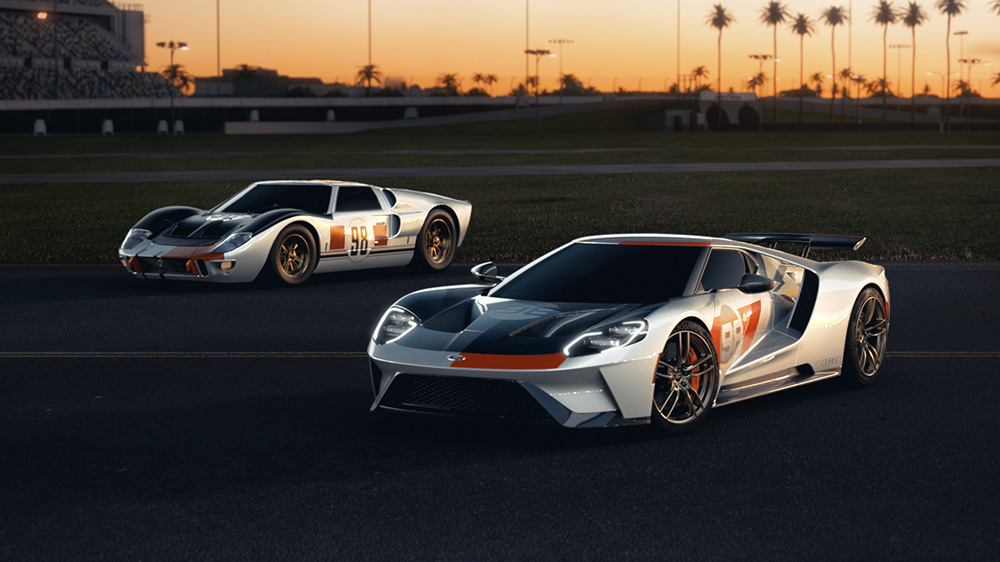 The 2021 Ford GT Heritage Edition (left) and the victorious 1966 Ford GT40 Mark II
