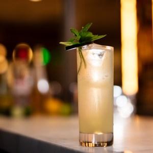 eastside rickey gin cocktail