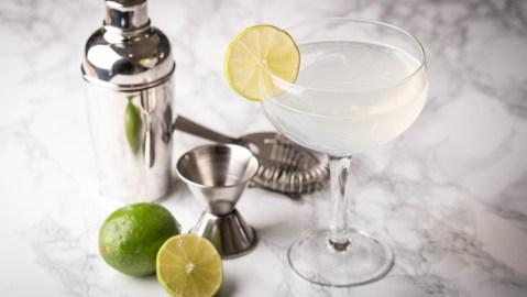 classic daquiri rum lime sugar