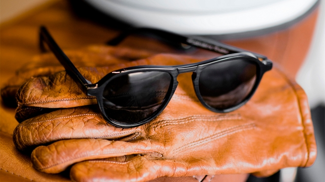 'The Californian' sunglasses in black