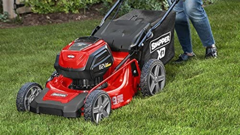 The Best Push Lawn Mowers on Amazon