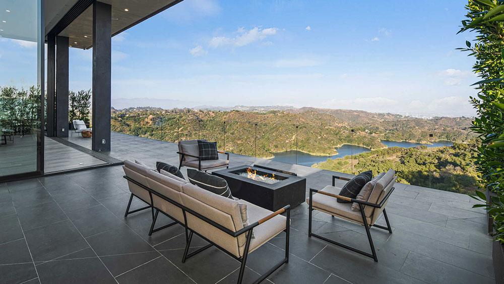 Los Angeles, California, Real Estate