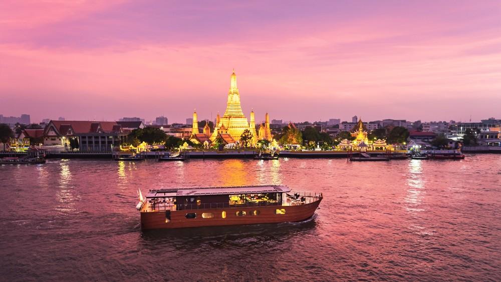 Loy River Song river cruise Bangkok Anantara
