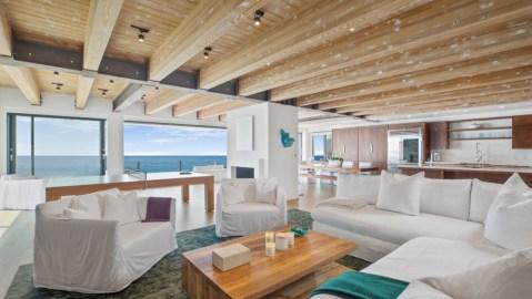 Matthew Perry malibu beach house