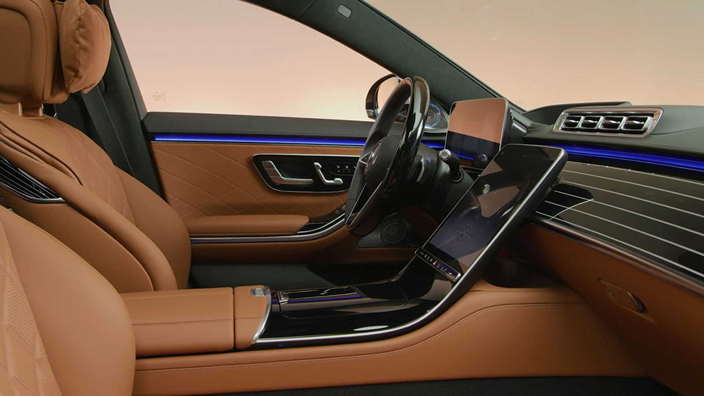 The 2021 Mercedes S-Class Has a Cabin That's a Personal ...