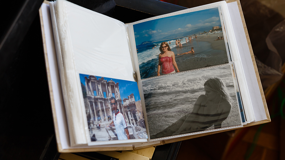 Photo album with photos of travel and vintage