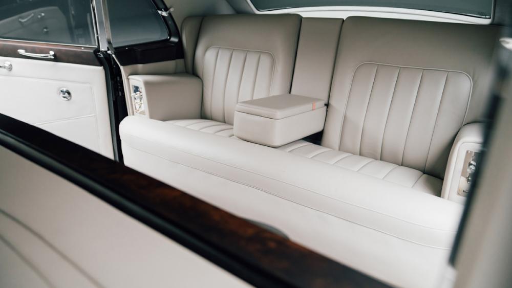 Lunaz Rolls-Royce Phantom