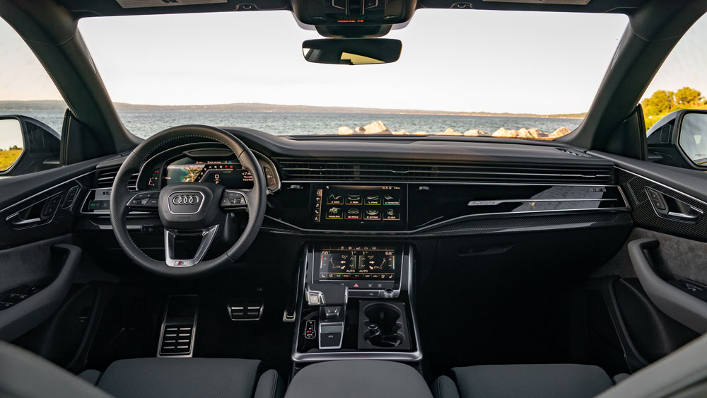 The interior of the 2021 Audi SQ8.