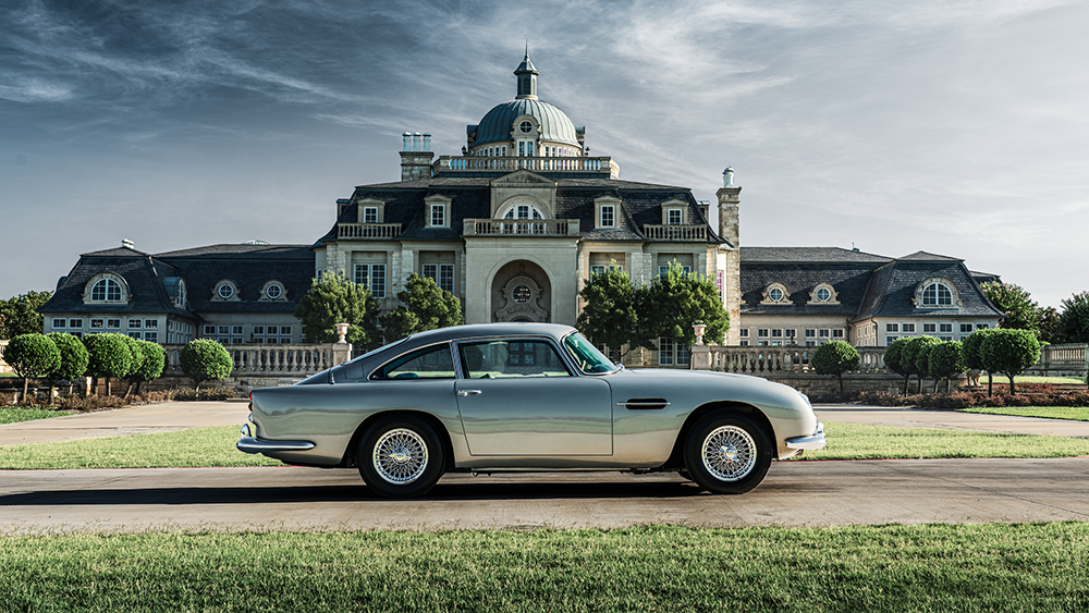 This Pristine Aston Martin Db5 Has 13 000 Miles And Is Up For Auction Robb Report