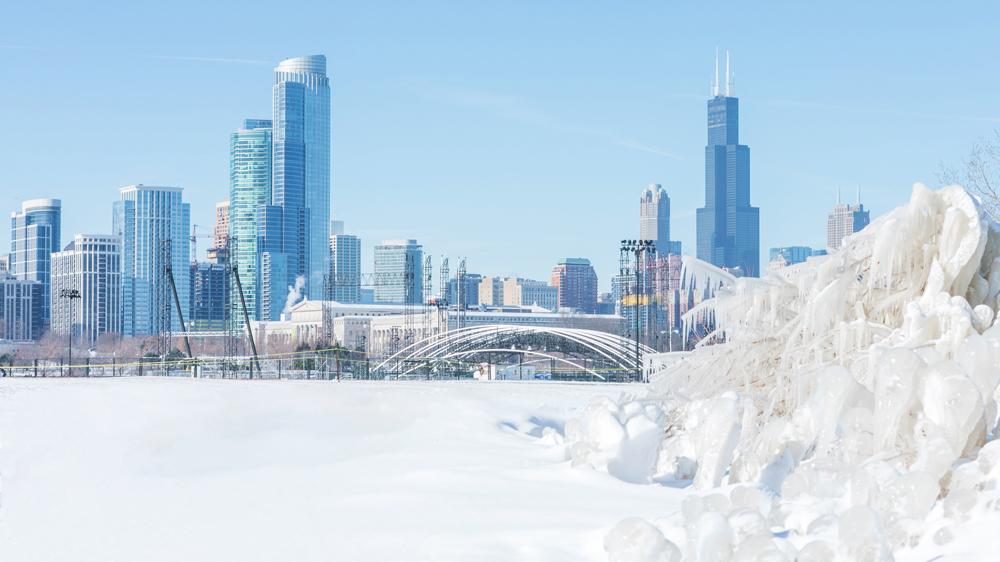 winter chicago snow willis tower