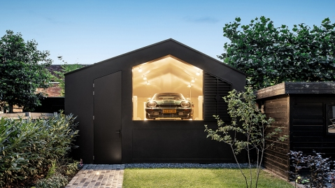 Bureau Fraai Black Gems Garage
