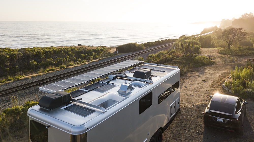 Living Vehicle 2021