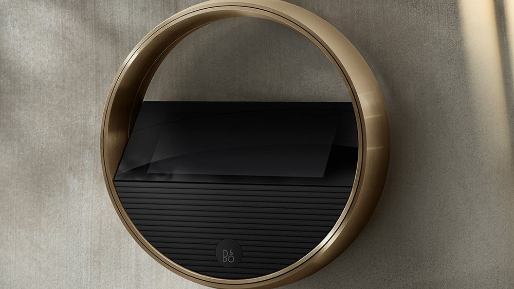 Wall-mounted Beoremote Halo in Brass Tone