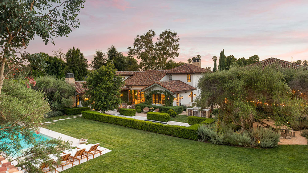 Mansion, California, Real Estate