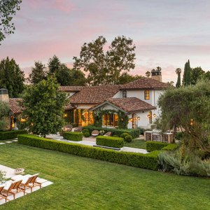 Mansion, California, Real Estate