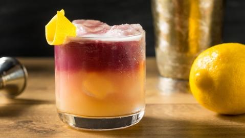 new york sour rye whiskey red wine lemon