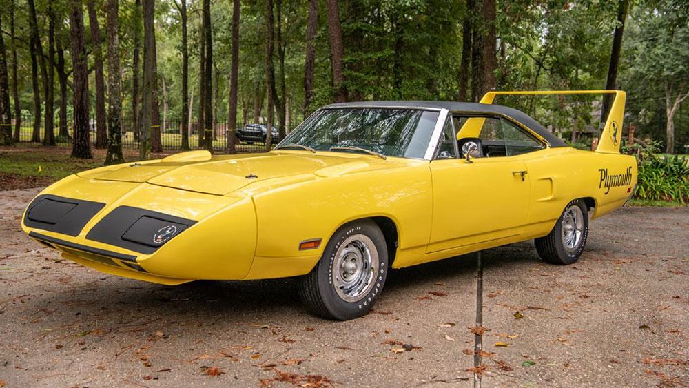 A 1970 Plymouth Superbird 4-Speed.