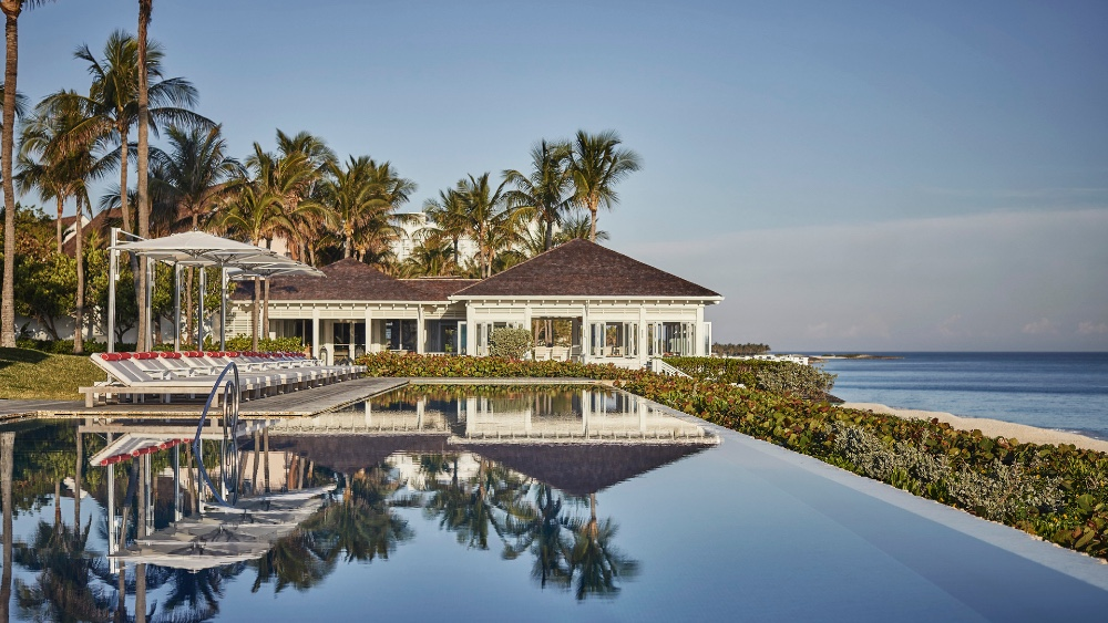 Private Jet Companies Are Partnering with Resorts in the age of Covid-19, Ocean Club Paradise Island