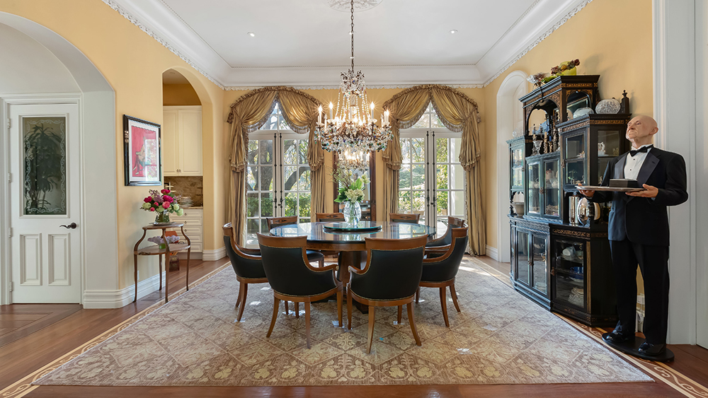 Gene Simmons 2650 Benedict Canyon Dr, Beverly Hills