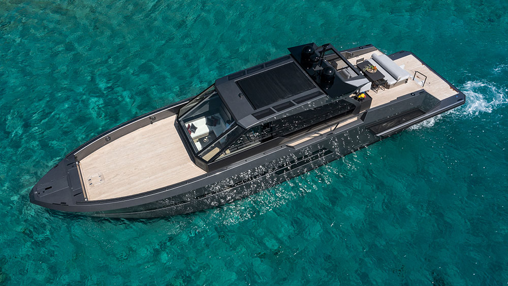 Mazu 82 Yacht Has Large Exterior Space