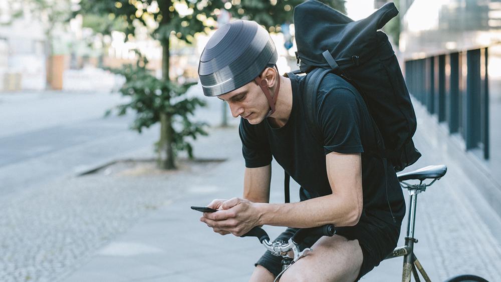 ESUB Tracks Smart Helmet