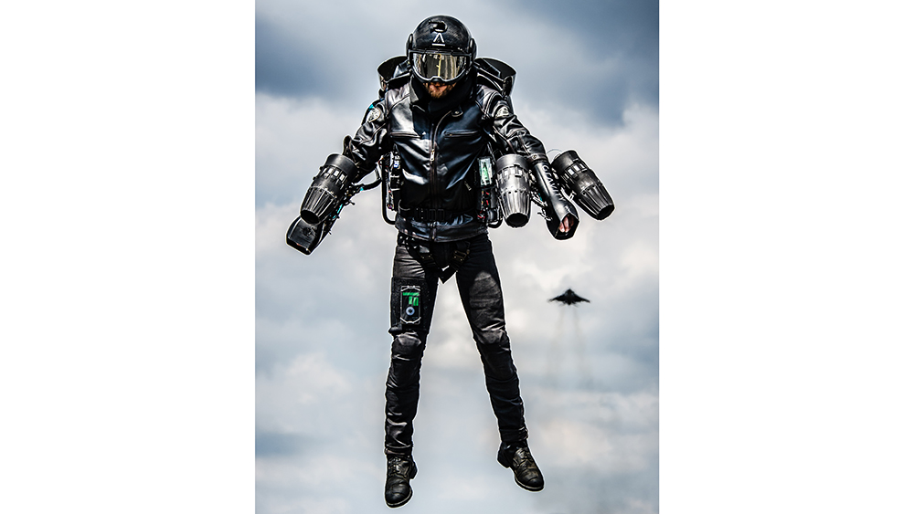 Jet Pack Air Suit Is a New Design