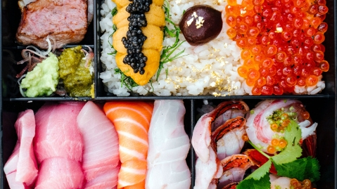 aged fish chirashi uni caviar salmon