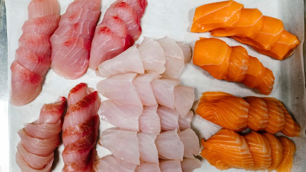 aged seafood sliced fish chirashi