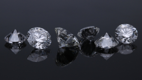 wealthy investing in diamonds pandemic