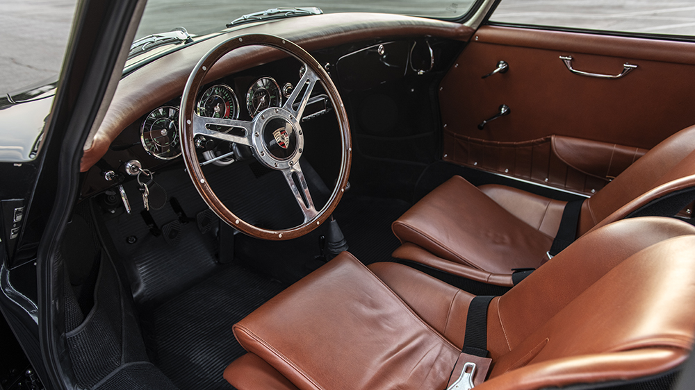 "Inside the ""Hers"" 356 Outlaw"