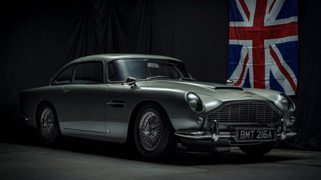 Bond Aston Martin DB5 Replica