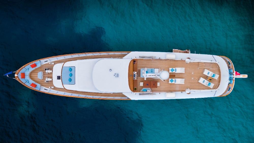 Carlo Riva built 100-foot Superyacht Vespucci in the late 1970s