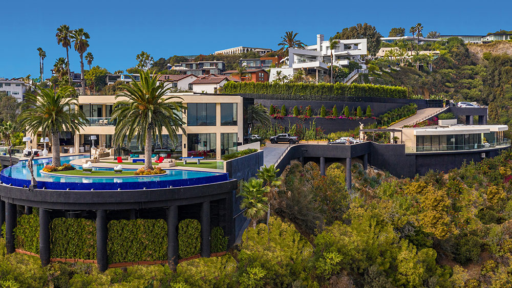 Inside a $58 Million LA Mansion With a Lazy River That Overlooks the City
