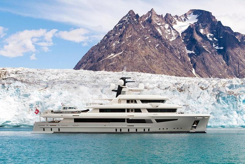 À l'intérieur du «I-Nova», le yacht Explorer de 165 pieds qui peut aller n'importe où