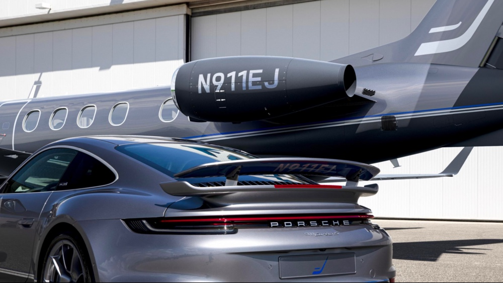 Embraer and Porsche Duet is a Matching Phenoem 300E and Porsche 911 Turbo S