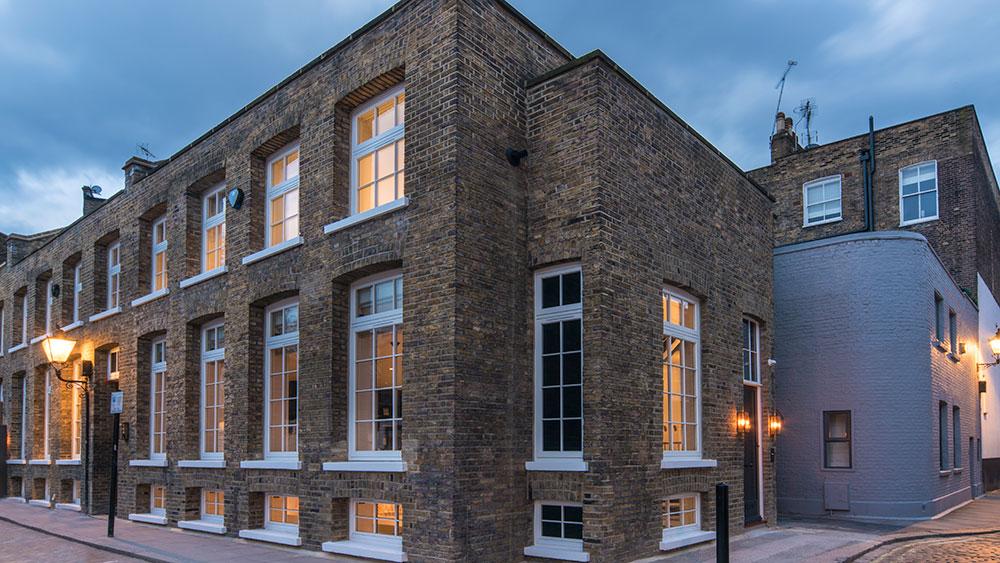 Oldbury Place, Ellie Goulding