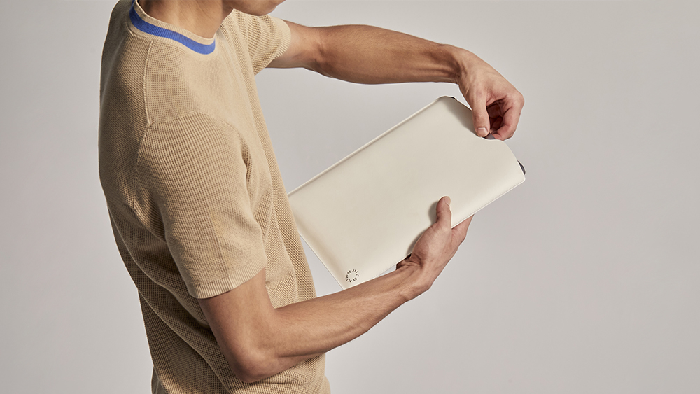 Covalent's AirCarbon laptop sleeve.